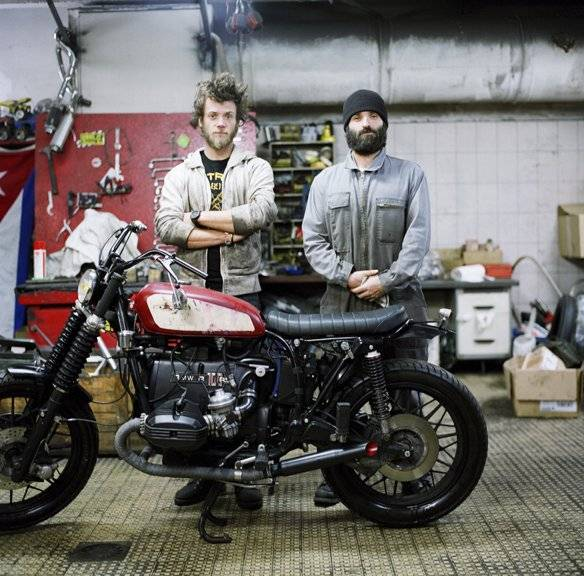 Blitz motorcycles cooler kings nowness for Garage bmw en france