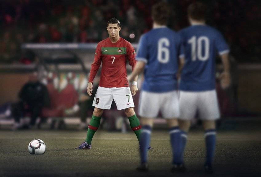 Cristiano Ronaldo Free Kick Stance Back View Nike Goes Green for th...